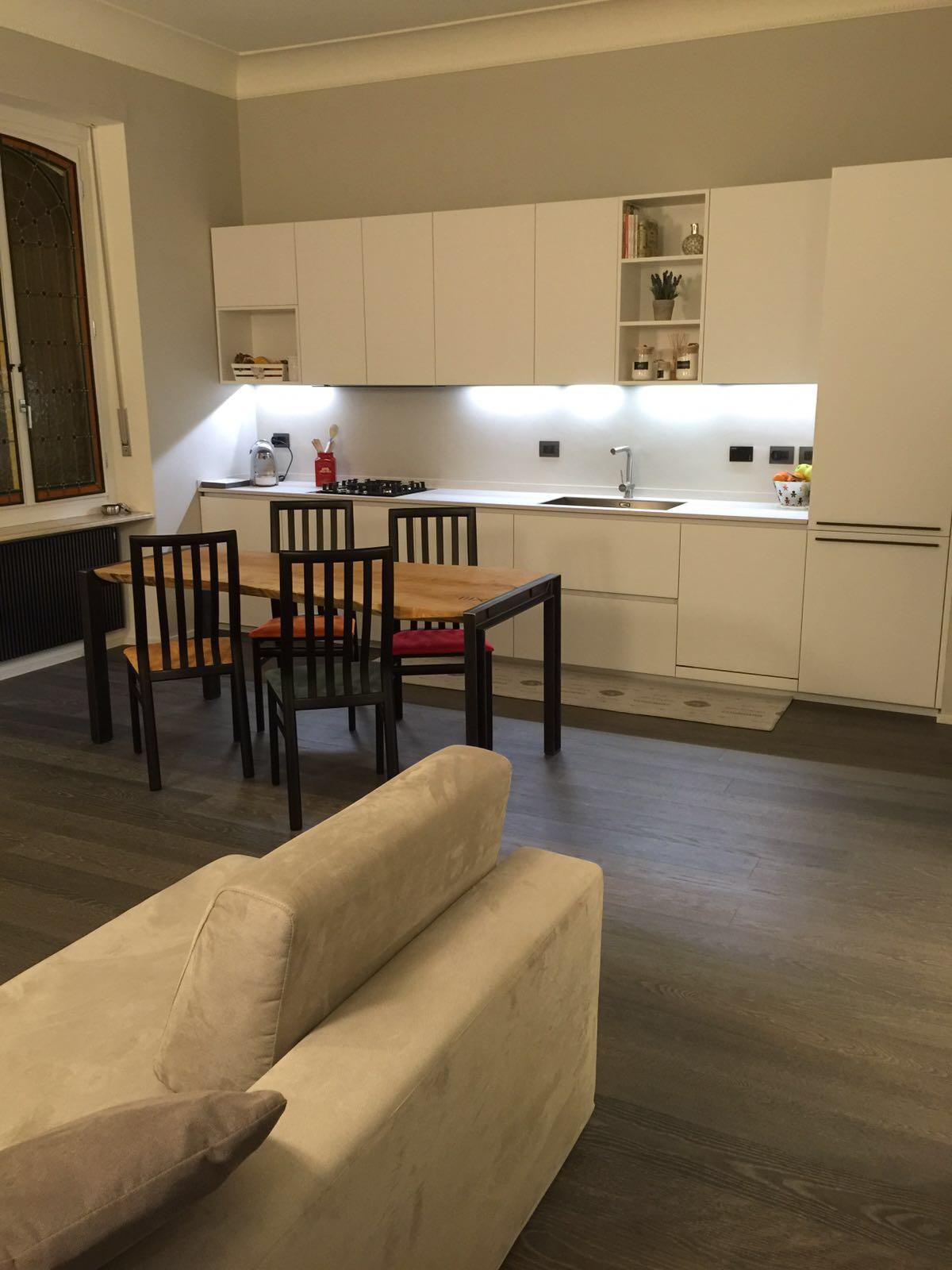 locale cucina living soggiorno